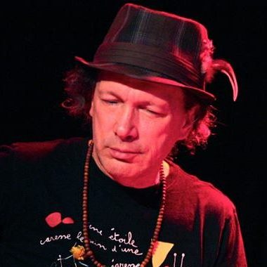 Steve Kimock performing live