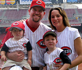 Sean Casey Biography | Get to know more about Casey's Personal Life, Wife, Children, Siblings, Baseball, Net worth, Stats, Age, MLB, The Mayor, Family, Bio