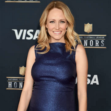 Lindsay Rhodes Biography | Know more about her Personal Life, Sportscaster, Husband, Matt Rhodes, Children, Net Worth, Height, Football, Wiki, Bio
