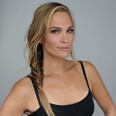 Molly Sims Biography | Know more about her Personal Life, Children, Husband, Wedding, Net Worth, Fertility, Wiki, Hair, Sports Illustrated, Model, Age, Bio