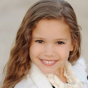 Gracie Haschak Biography | Know more about Personal Life, Height, Parents, Sisters, MattyB, Net Worth, Songs, Birthday, Age, Family