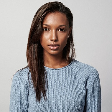 Jasmine Tookes Biography | Know more about her Personal Life, Workout, Net Worth, Age, Parents, Daughter, Ethnicity, Dating, Tobias Sorensen, Height, Wiki, young, gif,