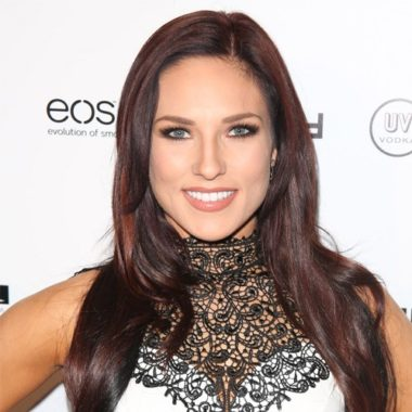 Sharna Burgess Biography | Know more about her Personal Life, Married, Husband, Net Worth, Age, Dance, Bonner Bolton, Paul Kirkland, Partner, Single, Baby