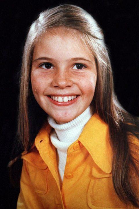 Elle Macpherson young