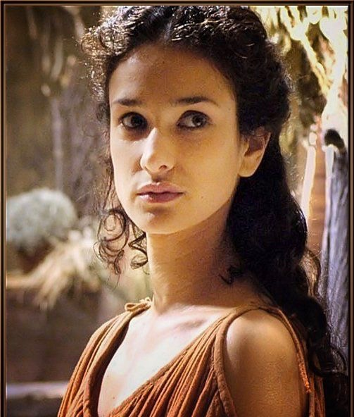 Game of Thrones actress, Indira Varma's young age photo.