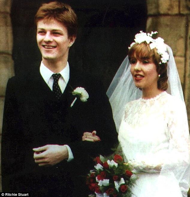 Sean bean and his first wife, Debra James.