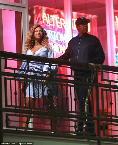 Beyonce and Jay Z on a night date