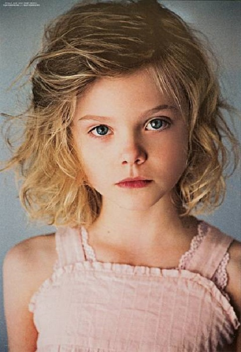 Elle Fanning during her childhood