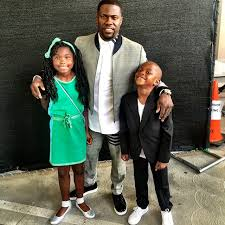 Kelvin Hart with his children