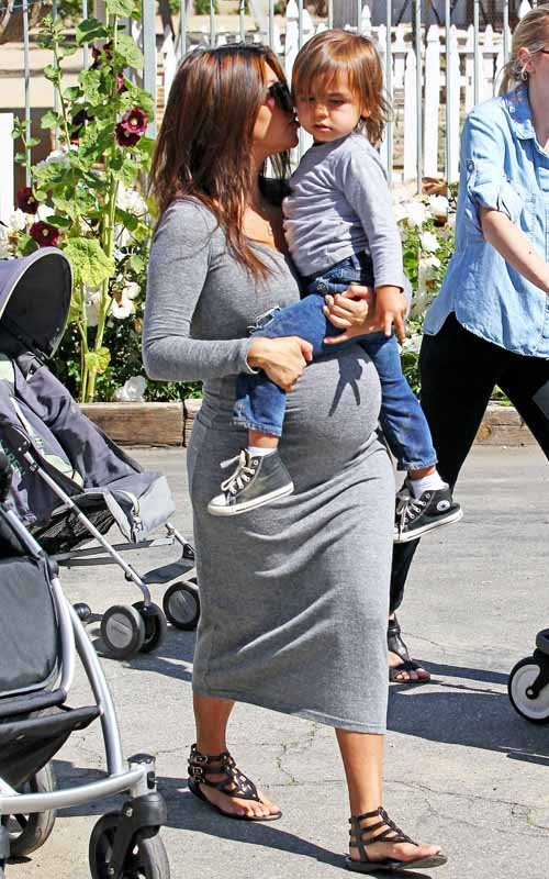 Kourtney Kardashian pregnant again