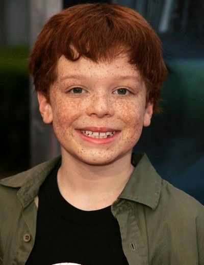Handsome Gotham actor, Cameron young age photo.